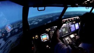 immersive training - Seamus on a Boeing 737NG FTD